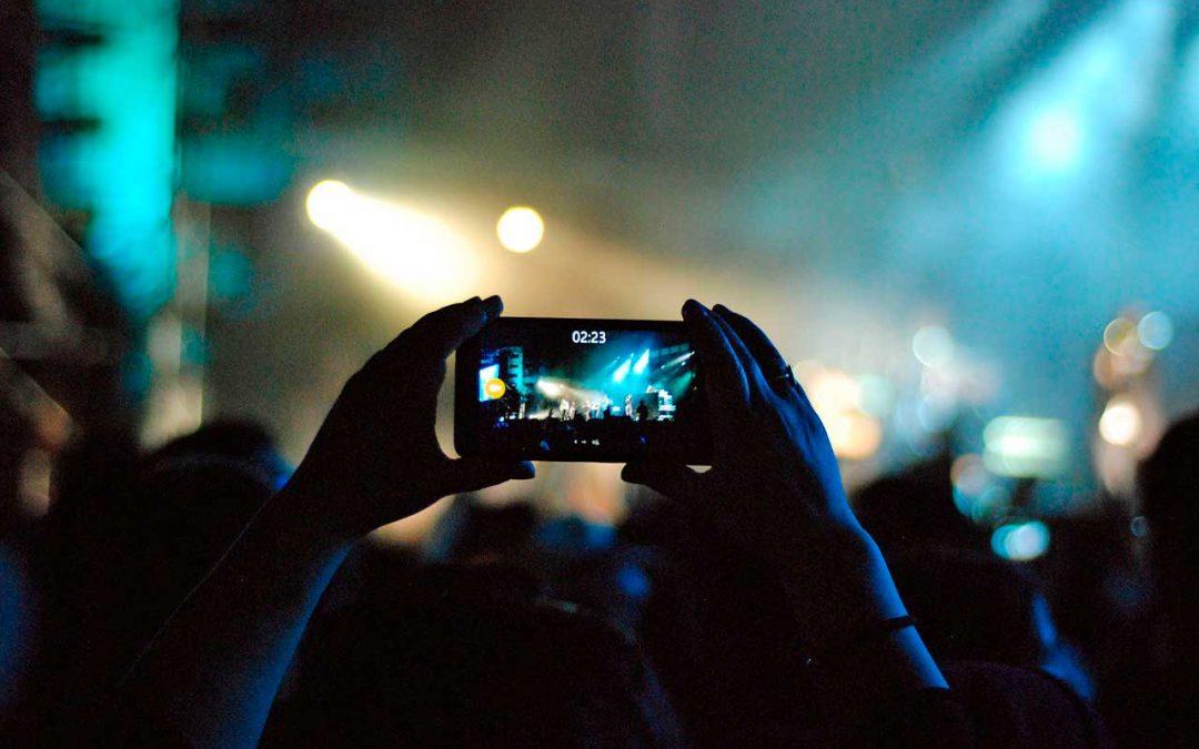 Cómo emitir vídeos en directo en las redes sociales